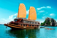 Halong Bay Valentine Cruise 2 Days